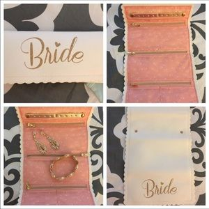 Other - 🌵Pre loved beautiful bridal roll up jewelry case
